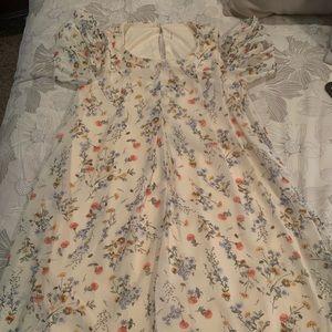 Dresses & Skirts - Floral, cold shoulder dress